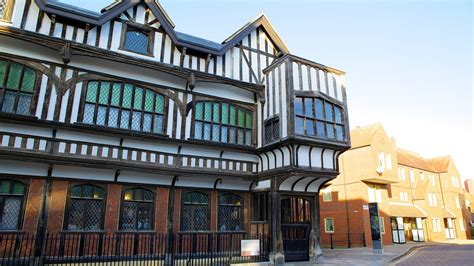 tudor house insurance tudor house and garden in southton england expedia ca