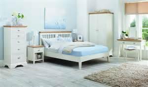bentley designs hstead two tone bedroom set bentley