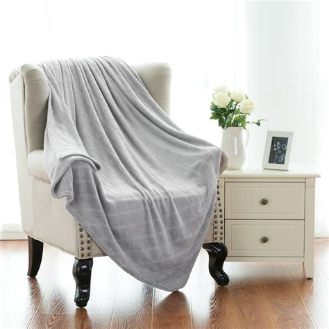 comforters that keep you cool 7 summer blankets and sheets that will keep you cool but comfy