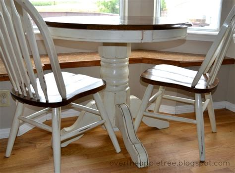 Diy Painting Kitchen Table And Chairs by The Apple Tree Kitchen Table Makeover