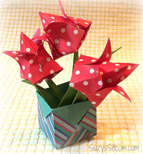Easy Pretty Origami - origami flowers and boxes