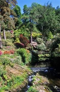 Garden Wales Bodnant Gardens Conwy Wales Uk Bridge River Hira