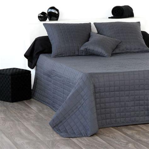 couvre lit gris anthracite couvre lit 240 x 220 cm matelass 233 venus anthracite couvre lit boutis eminza