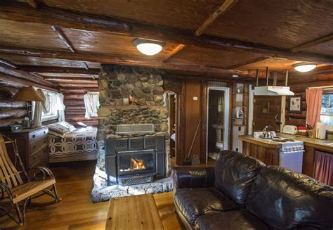 cabin vacation get cozy at vacation cabins near mount rainier the