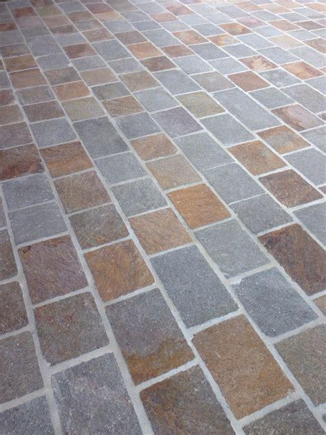 piastrelle in pietra per esterni pavimentazione per esterni piastrelle in porfido