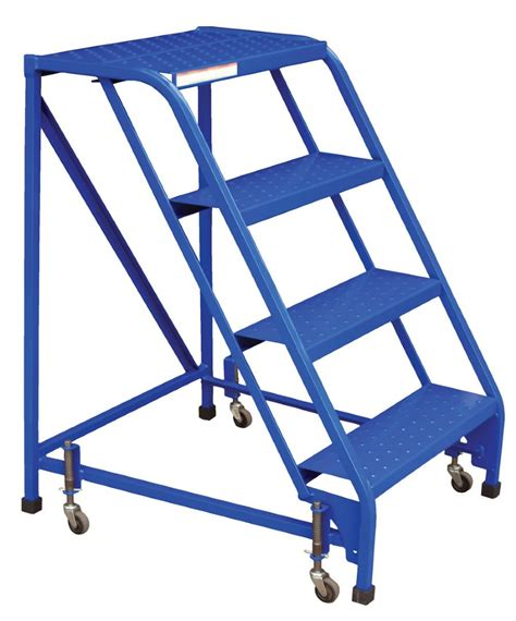 4 step portable warehouse ladder with no handrail and 18