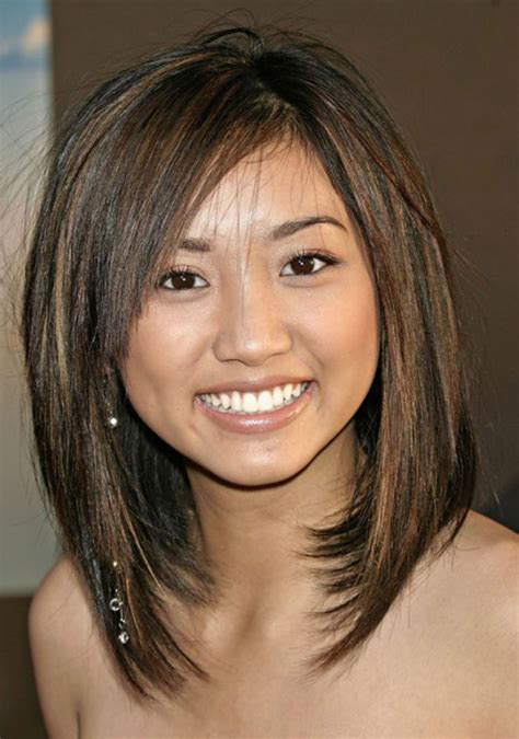hairstyles for women with convex face shape 1000 ideas about round face bob on pinterest bobs for