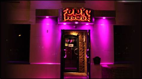 Funky Brownz Shisha bar, restaurant and club fits InStyle LEDs