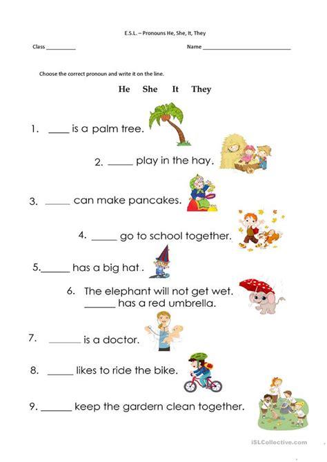 pronoun worksheet kindergarten pronouns he she it they worksheet free esl printable worksheets made by teachers