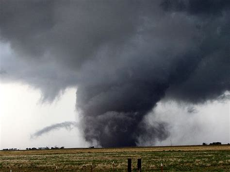 biggest tornado ever where and what is tornado alley tornado alley facts