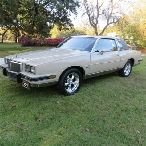 auto air conditioning repair 1982 pontiac grand prix navigation system 1982 pontiac grand prix base coupe 2 door 3 8l for sale photos technical specifications