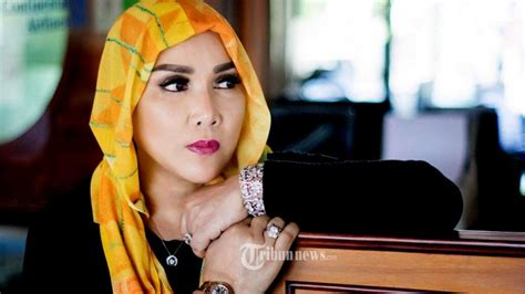 Segi Segi Hukum Pasar Modal Adrian Stedi Buku Hukum B56 lusiana sanato berharap presiden as terpilih dapat membawa positif bagi indonesia tribunnews