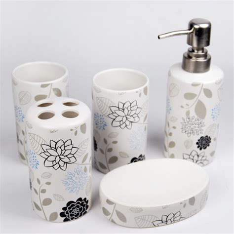 Elegant Flowers Design Ceramic Bath Accessory Set Contemporary Bathroom Accessories