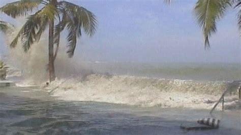 imagenes reales tsunami 2004 se cumplen 8 a 241 os del tsunami en el oc 233 ano 205 ndico que