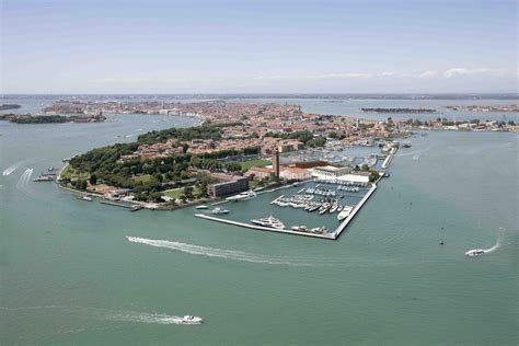 Stelan Maxi Erlina venice hospitality challenge the travel news