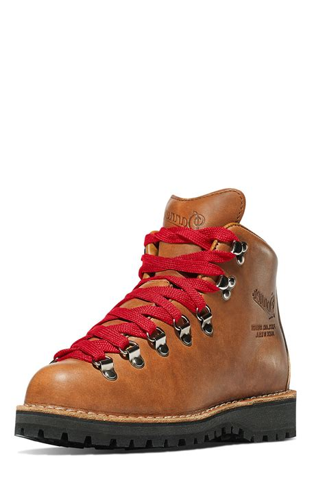 danner mountain light cascade boot danner mountain light cascade boot from california by