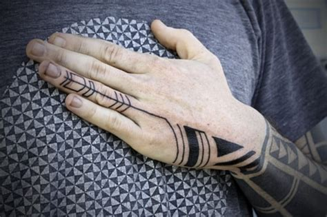 finger tattoo longevity finger tattoos for men design ideas for guys