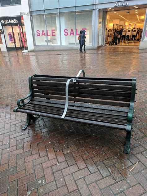 homeless bench professor green joins online condemnation of repulsive anti homeless benches