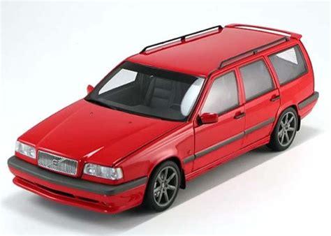Volvo 850 Estate 1996 White 1 43 Minichs 430171412 New 1 18 autoart volvo 850 r estate 1996 pj modelcars