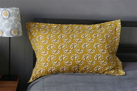 How To Make A King Size Pillow Sham by Diy Project Pillow Shams Design Sponge