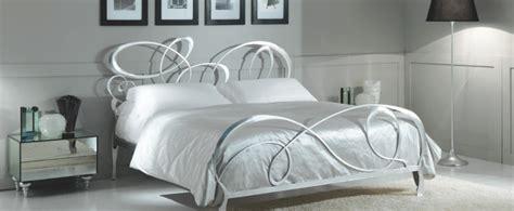 letto in ferro letto ferro battuto bianco ikea divani colorati moderni