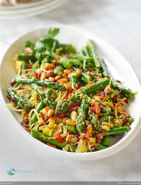 Forward Side Sauted Asparagus With Pancetta by Sauteed Asparagus Leeks With Pancetta And Pine Nuts Recipe