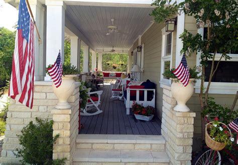 the cul de sac a porch for all seasons