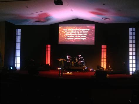 light towers  church stage design ideas