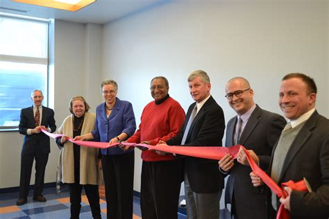 oak park housing authority president preckwinkle cuts ribbon at affordable housing center in oak park cook