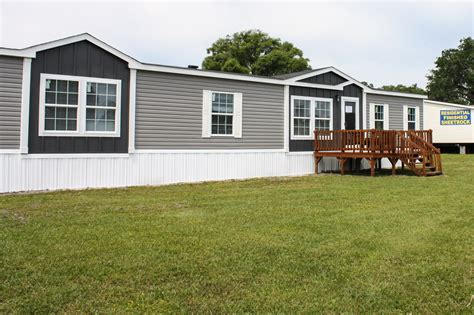 mobile homes com front porch ideas for single wide mobile homes