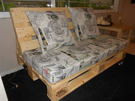 Pallet Sofa Plans by Diy Pallet Sofa Pallet Living Room Table
