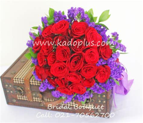Handbouquet Birthday Wedding Gift Semarang Jogja bridal bouquet magenta toko bunga florist