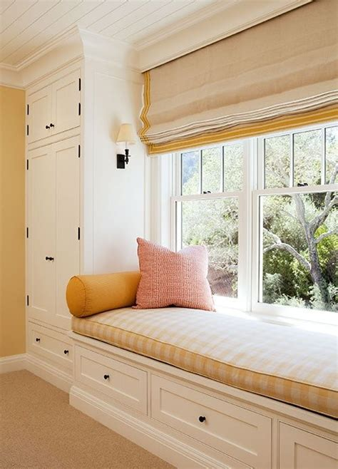 Bedroom Window Bench by Best 25 Window Seat Curtains Ideas On Bay