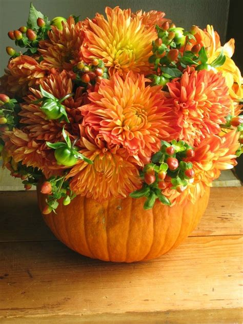 festive thanksgiving flowers fall flower arrangements 30 festive fall table decor ideas