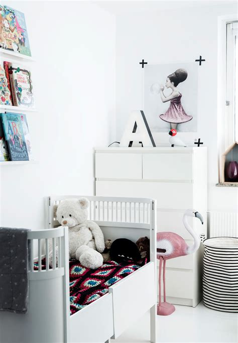 bezaubernde kinderzimmer  einem skandinavischen stil