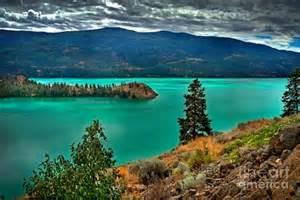 City Duvet Cover Kalamalka Lake Colors Photograph By Rod Jellison