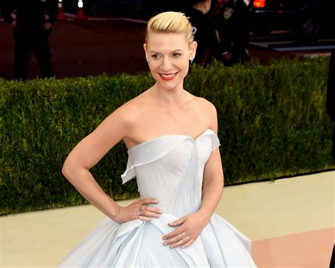 claire danes wedding pictures claire danes channels cinderella in light up met gala dress