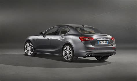 New Maserati Ghibli by Maserati Ghibli Facelift And Granlusso Range Topper
