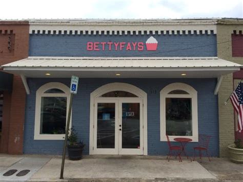 betty fay s hometown bakery restaurant 113 depot st in