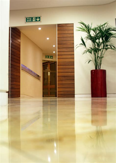 Floor Cleaning Services for Commercial Buildings and