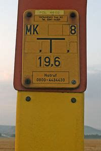 Bild Gas by Tag Pipeline Marker Openstreetmap Wiki