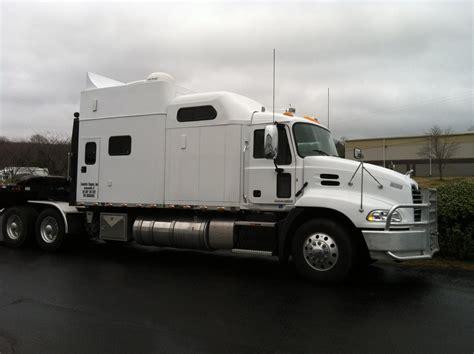 Mack Truck Sleeper by Titan With Big Sleeper Modern Mack Truck General Discussion Bigmacktrucks