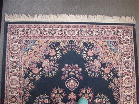 Pretty Area Rugs Lot Detail Pretty Area Rug With Floral Pattern