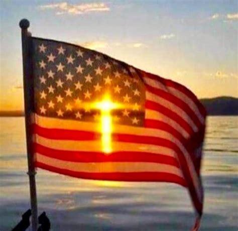 American Cross cross and american flag illusion