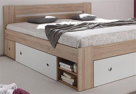 günstige futonbetten mit matratze schwarz gold einrichtung