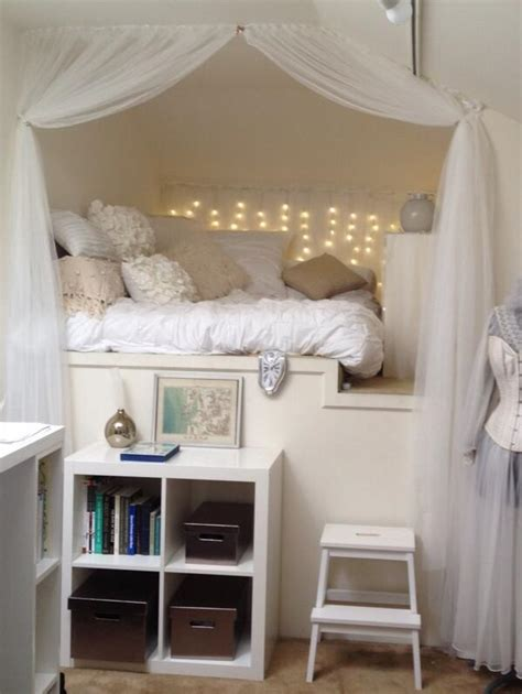 Extreme Makeover Bedrooms - 10 really terrific reading nooks