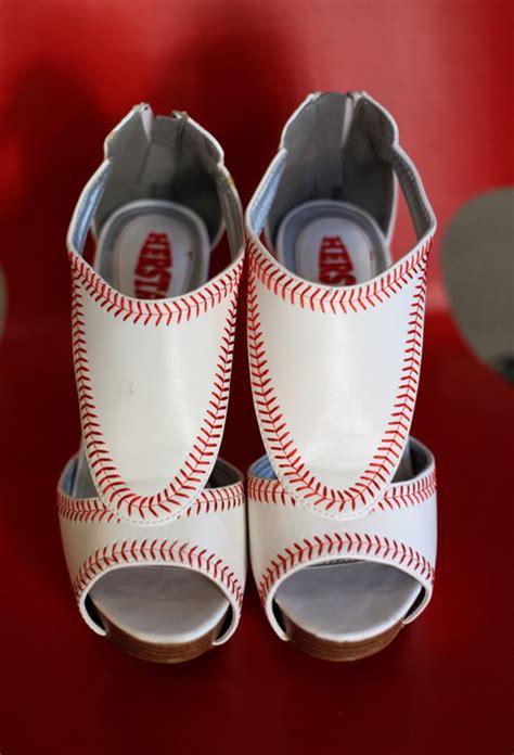 los angeles dodgers themed baseball wedding sports wedding bride