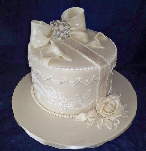 Wedding Box Haws by 38 Best Birthday Cakes Images On