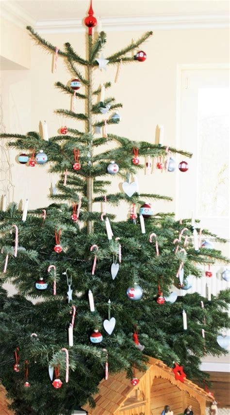 wann schm ckt man den weihnachtsbaum der weihnachtsbaum wie du verhinderst dass er zur nadelnden nervens 228 ge wird familie ordentlich