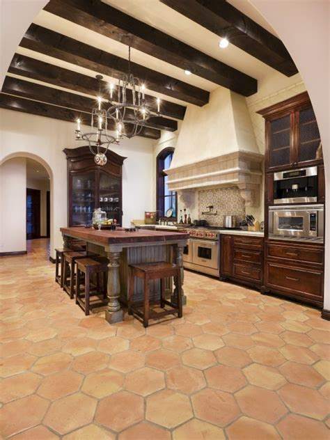 mediterranean kitchen designs mediterranean kitchen design kitchens pinterest